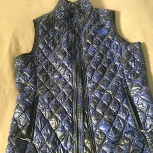 The North Face Thermoball vest in blue floral/ S